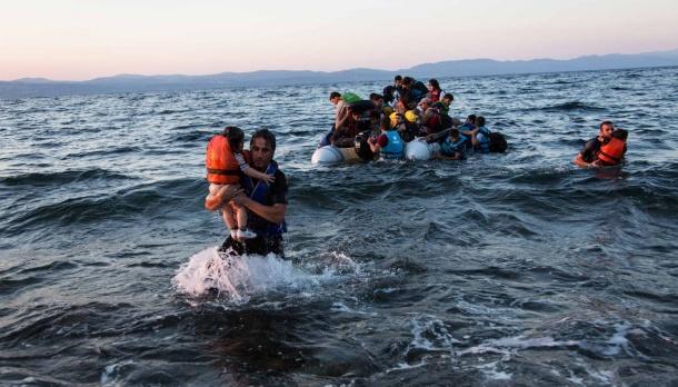 flyktingar i vattnet