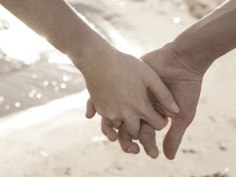 holding-hands-
