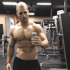 man selfie spegel